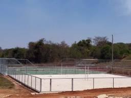 Lote Plano em Condomínio Fechado com Rica Área Verde e Área de Lazer Completo