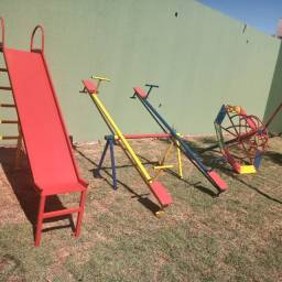 Playground , brinquedos