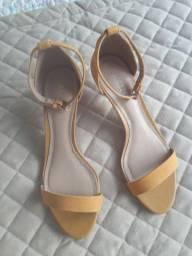 Sandália feminina Arezo