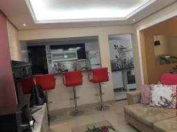 Vende-se ou Aluga-se linda casa em Condomínio Fechado