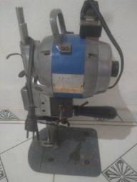 Máquina de corte industrial