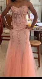 Vestido rose longo com pedrarias
