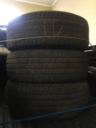 Pneus 265/65 R17 Michelin (3 pneus)