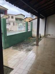 Casa com 4 dormitórios para alugar, 115 m² por R$ 1.800,00/mês - Parque Residencial Laranj