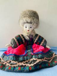 Boneca russa de porcelana