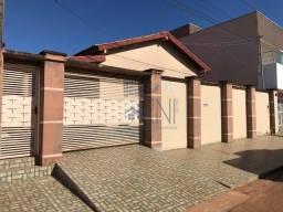 Casa com 04 Quartos no Jardim Nova Barra em Barra do Garças-MT