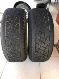 Vende 2 pneus pirelli 265/65/17