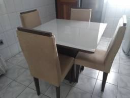 Mesa 4 lugares