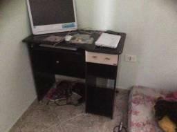 Mesa para computador bonita e barata