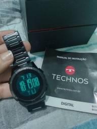 Relógio Technos preto