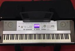 Piano Digital - Yamaha DGX-640