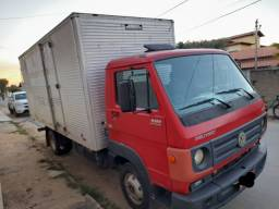 Caminhão Volks 8.160 Delivery..