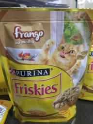 sachê friskies sabor FRANGO