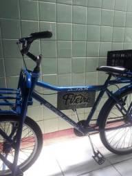 Bicicleta de carga com 10 garrafões de Água mineral 20 litros