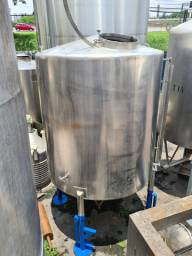 Tanque inox 5.000 litros com misturador
