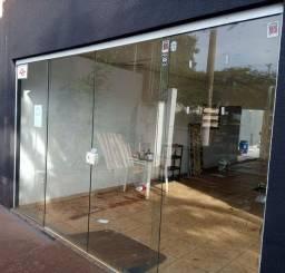 Portas e janelas de vidro - Vendo separadamente