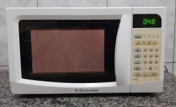 Vendo por $269 Microondas ELECTROLUX 17L 110v conservado