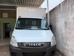 Caminhão iveco Daily 70c17