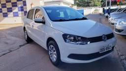 VW VOYAGE C/ CONTROLE SOM NO VOLANTE  MSI ANO 2016