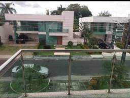Mansão a venda no Condomínio Efigênio Sales, Manaus-Am