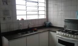 Quarto uma quadra do extra da kennedy apartir R$ 400,00 reais zap *