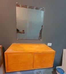 Vendo Espelho com bancada