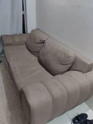 Vendo sofá três lugares