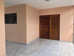 Título do anúncio: Casa no Geisel com 3 quartos e garagem coberta. Pronto para morar!!!