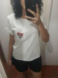 blusa branca semi nova