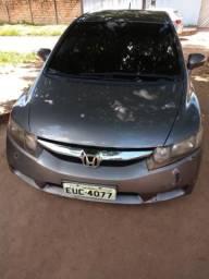 Vendo ou troco Honda Civic 2011 cajazinho - 2011