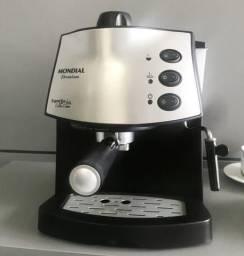 DESAPEGO- Cafeteira expresso Mondial Premium