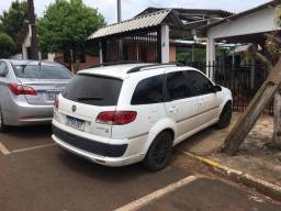 Fiat Palio Weekend Attrac 1.4 - 2011