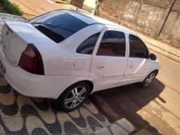 Vendo corsa sedan Premium - 2009