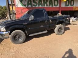 Vendo ou faço negócio em caminhão 3/4 - 2000