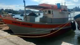 Barco De Pesca Profissional Trabalhando - 1985