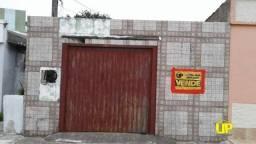 Casa com 1 dormitório à venda, 85 m² - Centro - Pelotas/RS