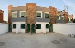 Casa duplex de 2 quartos com documentação inclusa