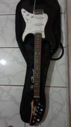 Vendo guitarra com capa