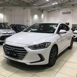 Hyundai Elantra 2.0 , revisões no manual , aceito troca