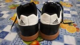 Sapato Society futsal Adidas original.
