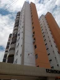 Alugo Apartamento na Av da Universidade 4 Quartos, 3 Banheiros e 2 Vagas Estacionamento