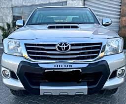 Hilux 2012 diesel 4×4 blindada