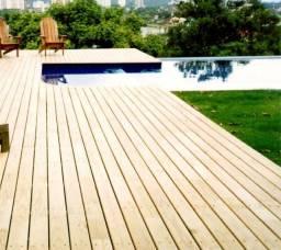 Deck de madeira tratada