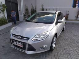 Focus Hatch SE 1.6 2014 r$.40.900