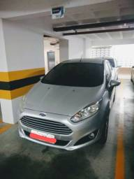 """Vendo"" Ford New Fiesta 1.5 SE Hatch 16V 13/14"