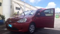Toyota Etios 1.3x Flex 2015