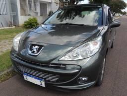 Peugeot 207 XS 1.6 Flex 2012 Automático com apenas 50.000 km