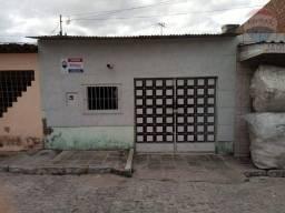 Título do anúncio: Casa com 2 dormitórios à venda, 68 m² por R$ 130.000,00 - Petrópolis - Caruaru/PE