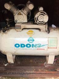 Compressor de ar pressure 8 pés 130 litros