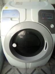 Lavadora de roupas lava e seca